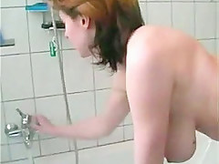 this babe shaves her slit in the shower