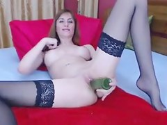 Non-Professional Livecam Angel Plays Solo with a Manfulness