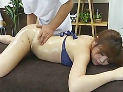Defy is fingering pussy be advisable for a Japanese hottie