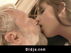 Bearded grandpa fucks cutie young girl