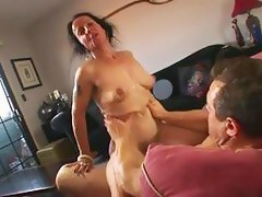 saggy milf enjoying bushwa
