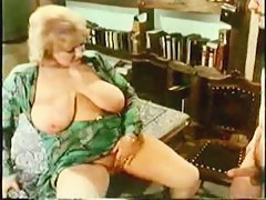 Vintage bbw slut enjoying hardcore hairy pussy shagging