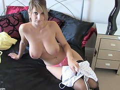 Blonde hottie shows all in a go-go down blouse video