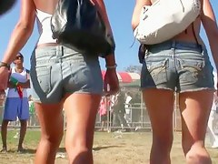 Latina teens to sexy short shorts shake their ass to recall c raise
