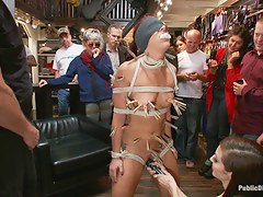 Perfect Body Beautiful Face First Time Public Making love and BDSM