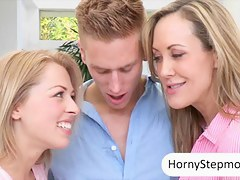 Brandi Love with the addition of Zoey Monroe absurd 3some