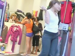 Teen asses regarding tight jeans showing retire from on candid street cam