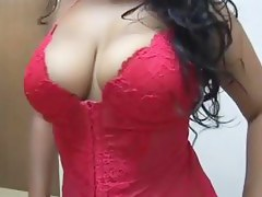 Exotic T:Breathtaking  Desi Hotty  Goes Low To Blow